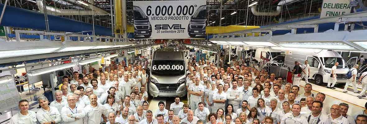 Šest milijonov vozil zapeljalo iz tovarne Sevel, kjer izdelujejo model Ducato